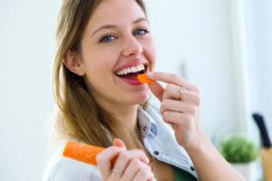 Какие витамины выбрать для девушек до 25 лет
