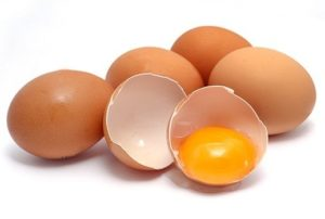 Какое содержание витамина Б2 в яйце